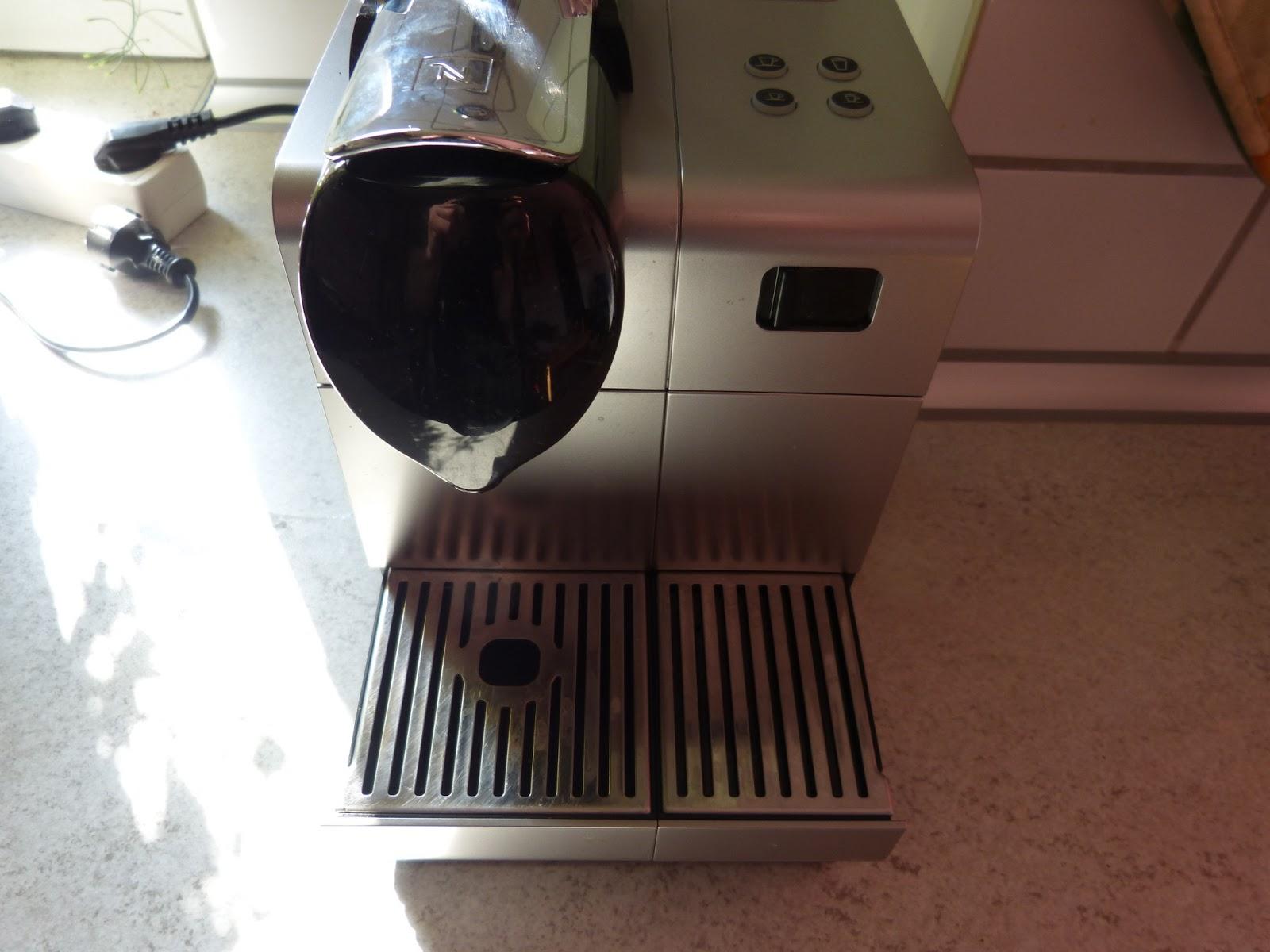 delonghi en 520 s nespresso lattissima im test kapsel. Black Bedroom Furniture Sets. Home Design Ideas